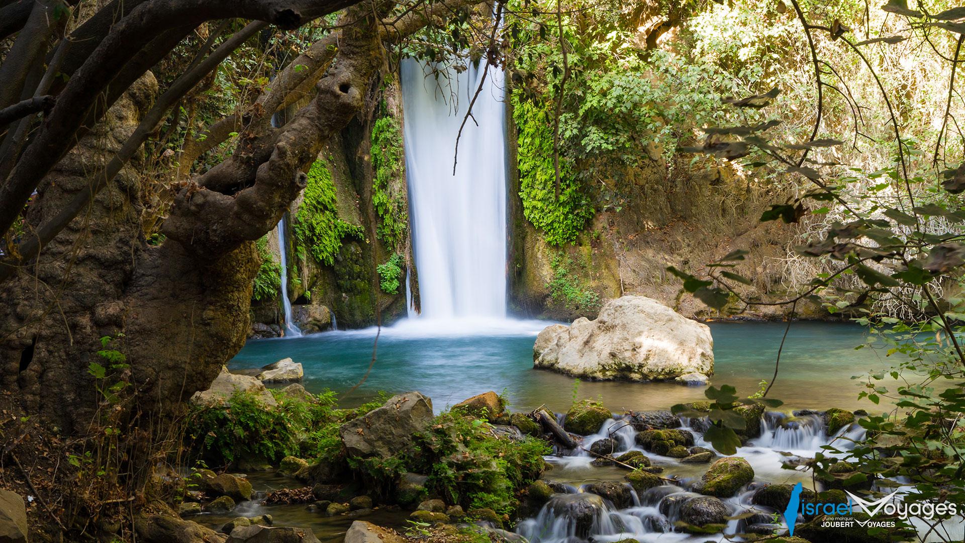 Banias, l'une des sources du Jourdain en Haute-Galilée