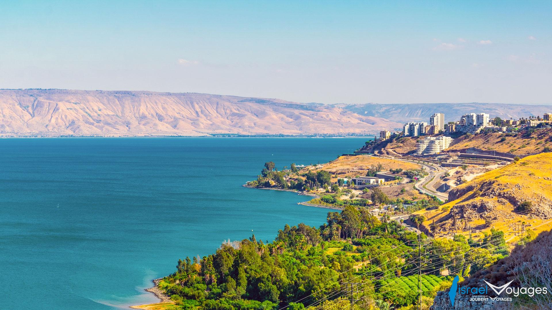 mer de Galilée bordant la ville de Tibériade
