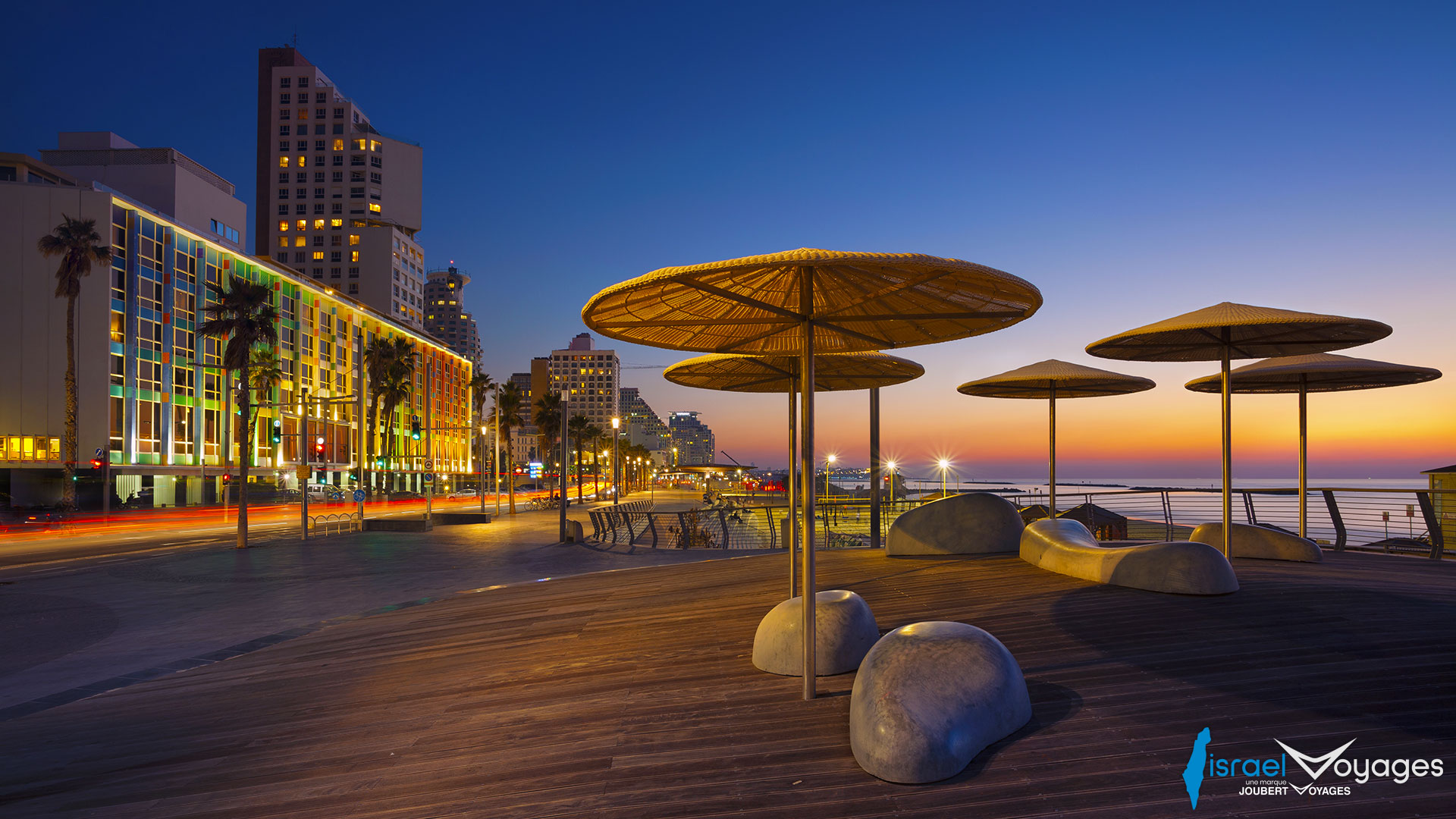 Promenade en bord de mer de Tel Aviv